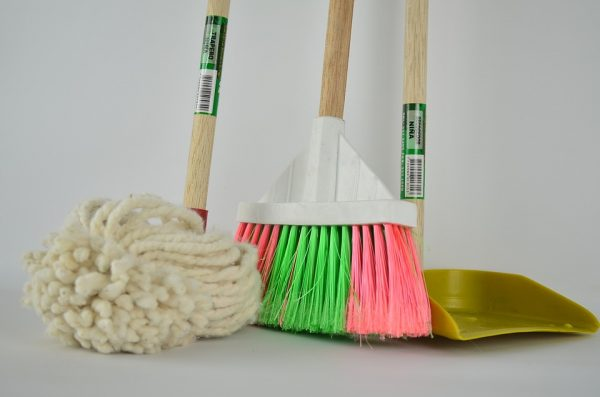 Cleaning your new home: tips & tricks
