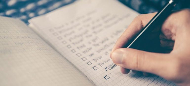 Make checklist before stocking your kitchen from scratch