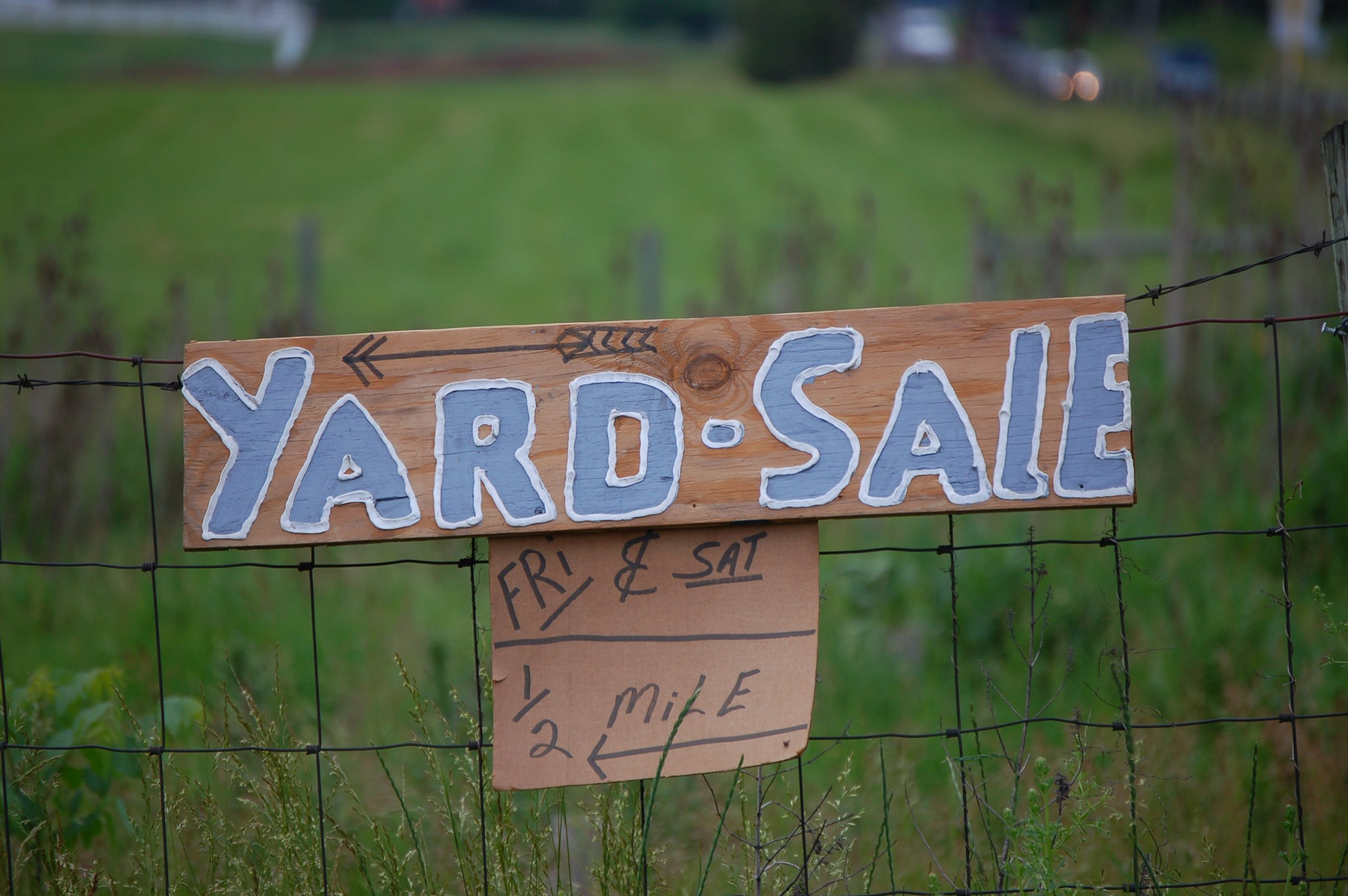 How to plan and organize a yard sale in Euless?