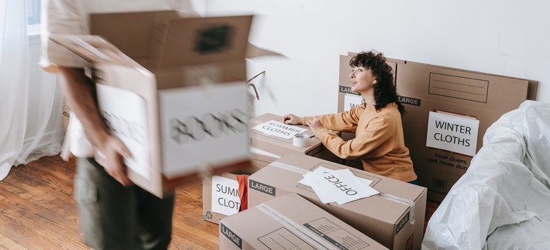 Labeling boxes when moving from Arlington to Garland