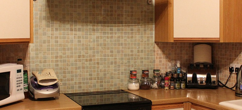 kitchen as a part of moving kitchen appliances guide